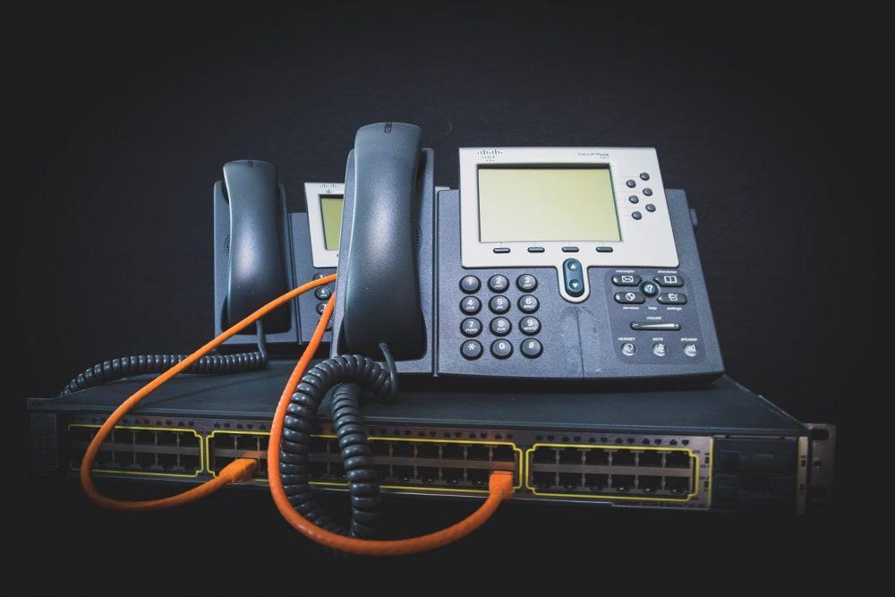 IP電話の仕組みと固定電話・光電話との違い